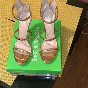 Shoe Republic LA sandals